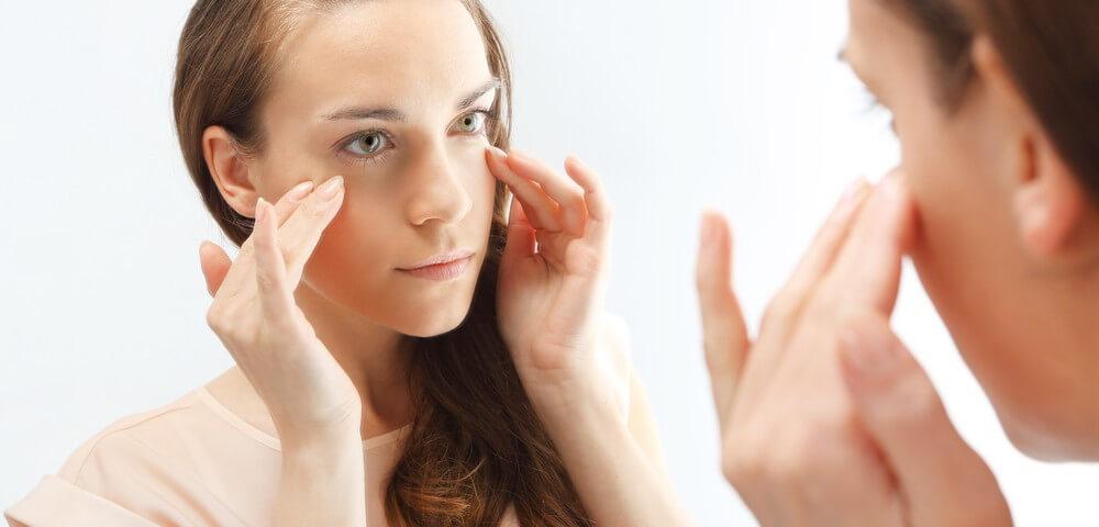 10 необхідних порад про догляд за шкірою повік. Будемо відрощувати власні красиві вії