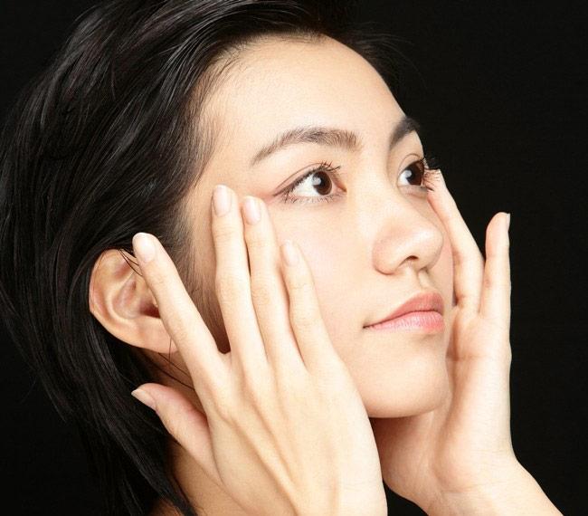 4 щоденні домашні процедури для пружної і привабливою шкіри
