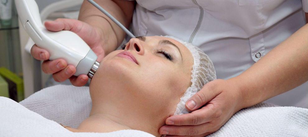 5 популярних салонних процедур для підтяжки шкіри обличчя в будь-який час року