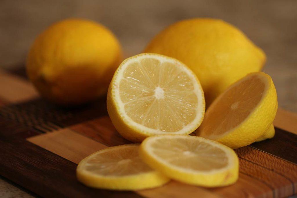 6 правил при використанні лимона на шкіру обличчя