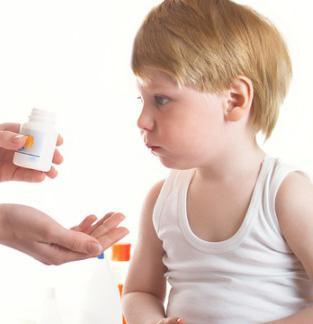 Антибіотики при отиті у дорослих і дітей