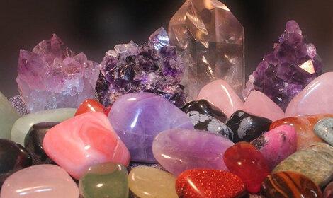 Цілющі властивості каменів: бірюза, аметист, малахіт, рубін