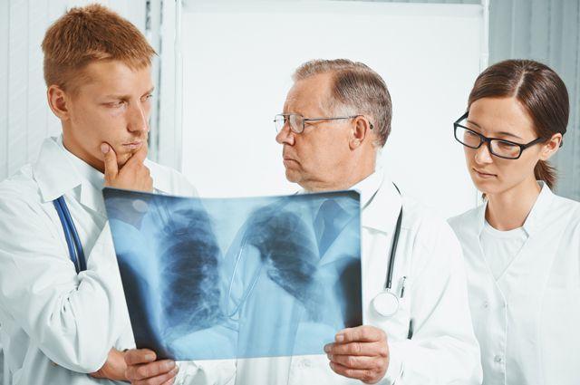 Чим небезпечна пневмонія у дорослих