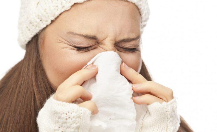 Чим промивати ніс при нежиті
