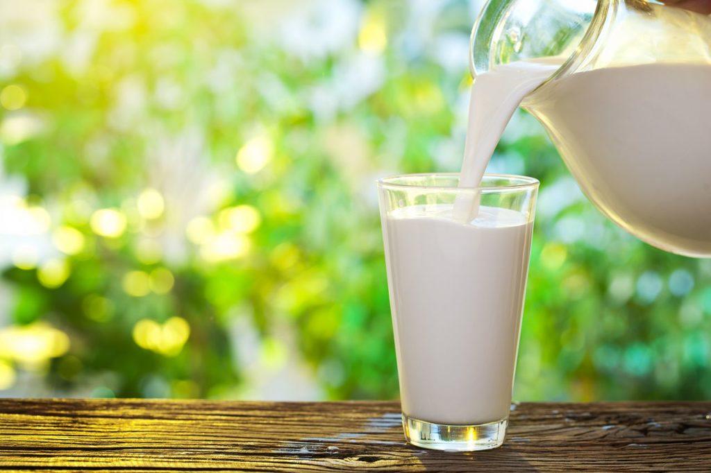 Чудодійна сила молока для шкіри