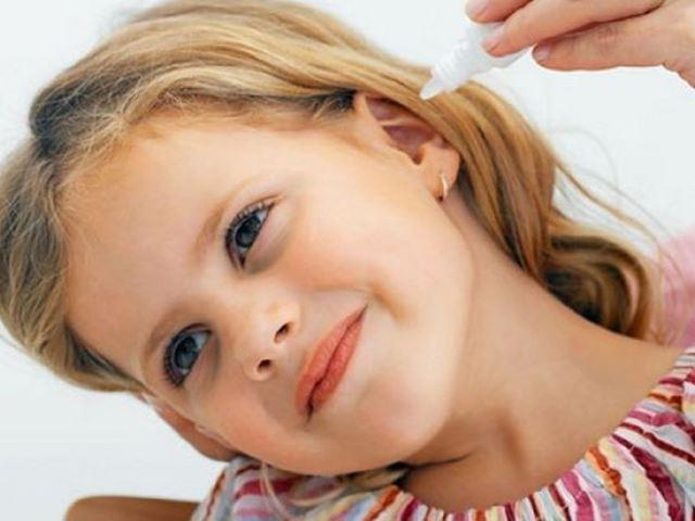 Дитячі краплі у вуха