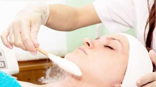 Допомагає масаж від прищів?