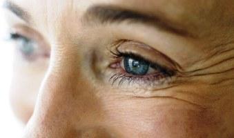 Ефективні маски проти зморшок навколо очей + 9 рецептів