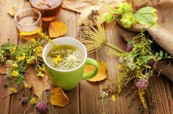 Ефективні народні засоби від підвищеного тиску: трави, мед, ванни, як харчуватися, профілактика гіпертонії