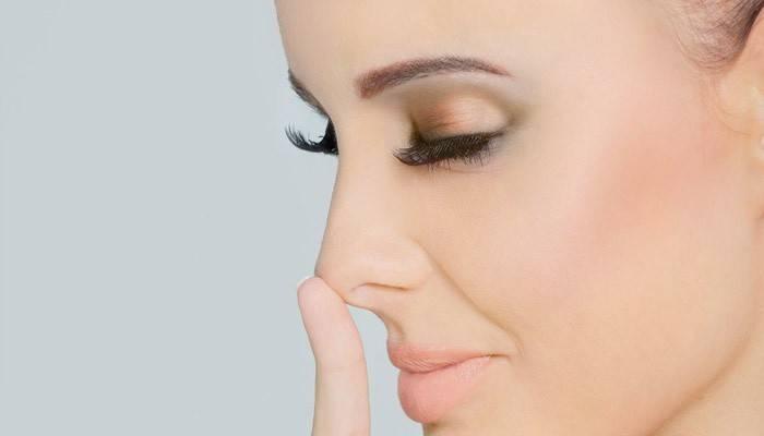 Герпес у носі і на губах — застуда: що робити, як позбутися? Як лікувати герпес в домашніх умовах препаратами і народними засобами?