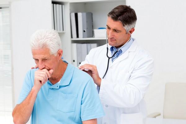 Кашель при пневмонії причини методи лікування і усунення