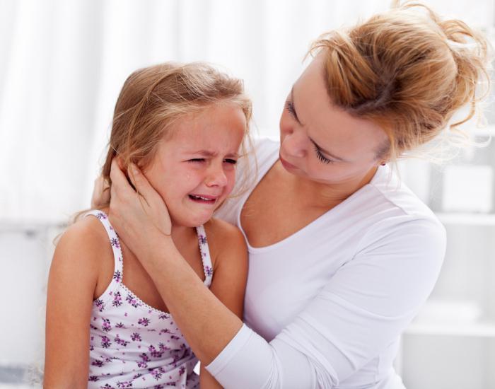 Катаральний отит у дитини: що це таке, симптоми і лікування середнього отиту немовляти, як лікувати двосторонню форму