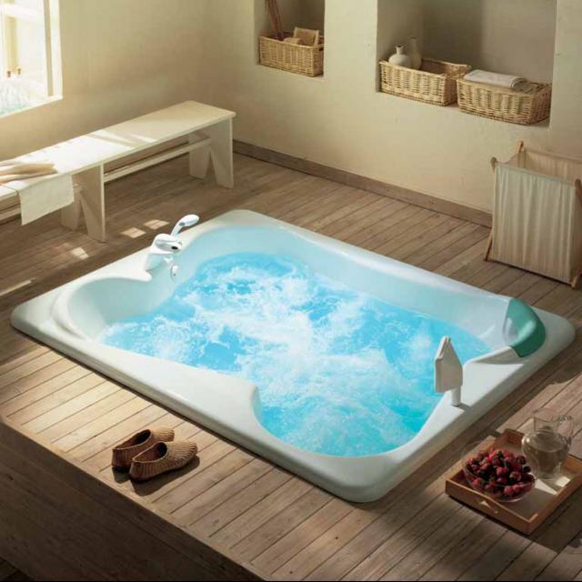 Користь гідромасажних ванн для шкіри