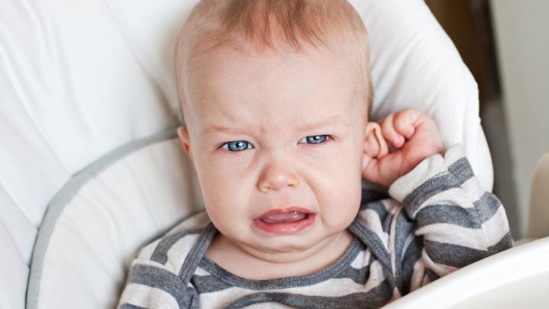 Лікування отиту у дітей