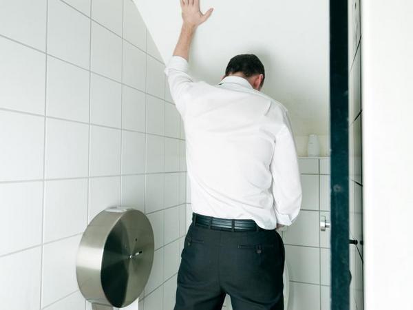 Лікування прискореного сечовипускання у чоловіків, що робити і як позбутися від частого сечовипускання