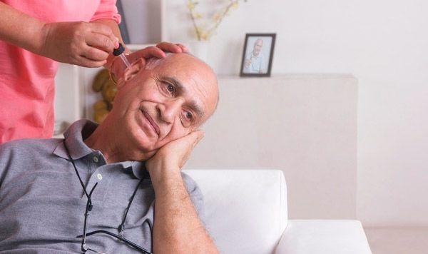 Лікування і симптоми гнійного отиту у дорослих