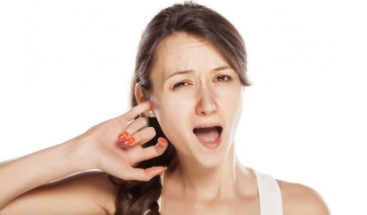 Лікування вуха перекисом водню при отиті сірчаної пробці та інших хворобах