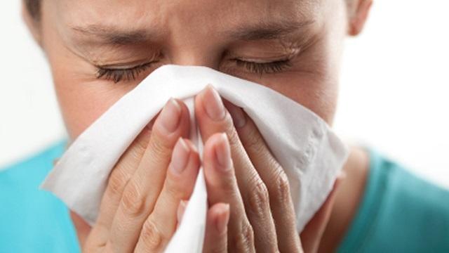 Лоскоче в носі при застуді що робити. Лоскоче в носі і чхаю що робити