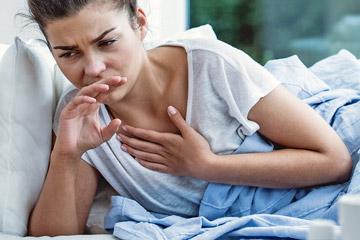 Нічний кашель у дорослого сухий: причини, як лікувати, покашлювання, напади, чому посилюється вночі, як позбавитися