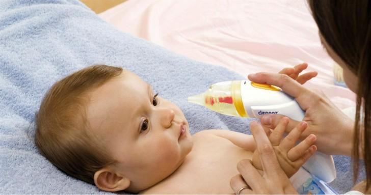Чим безпечно вилікувати нежить у немовляти
