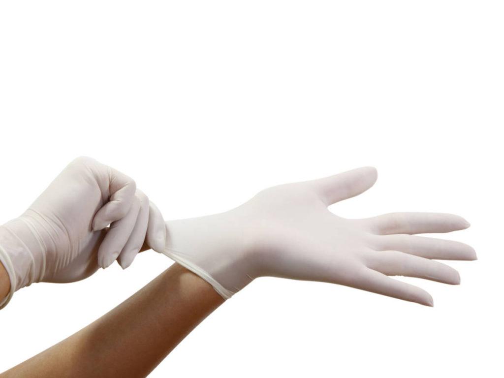 Не варто довго носити латексні або гумові рукавички – 4 головні рекомендації