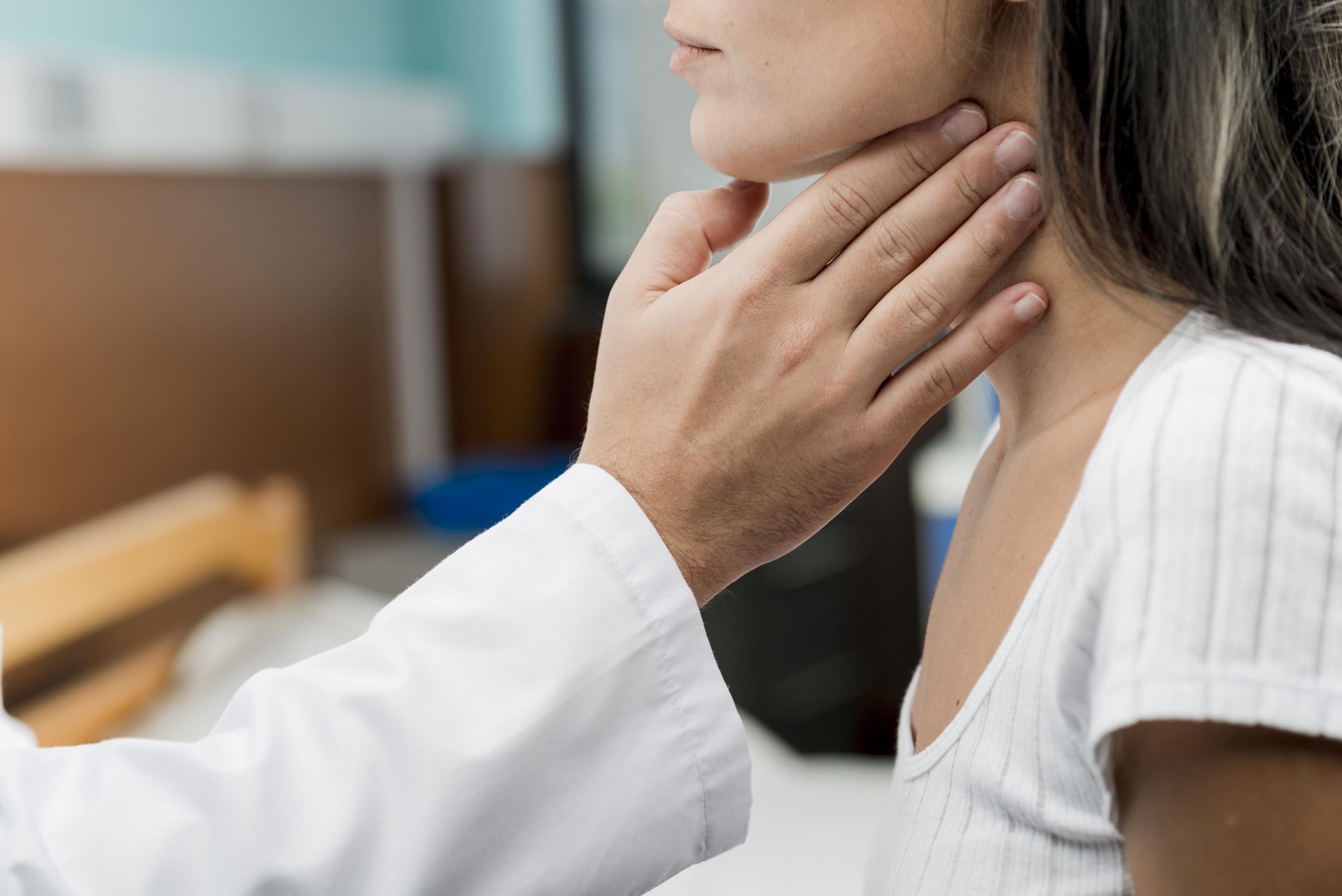 Невроз гортані: симптоми і лікування кома в горлі