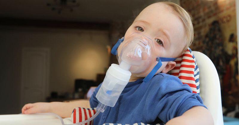 Інгаляції небулайзером при нежиті – кращі рецепти і ліки