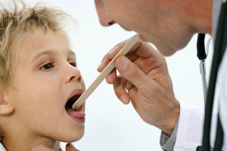 Інгаляції при ларингіті дітям і дорослим