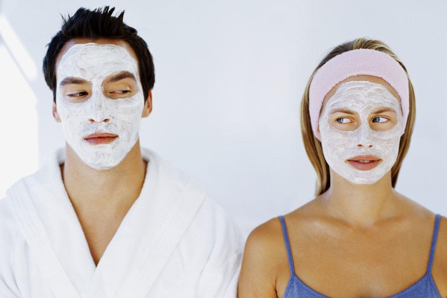 Що жінкам вибрати з чоловічої косметики? Буде вона ефективна?